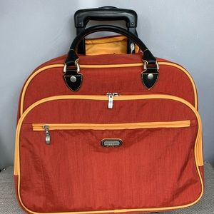 Baggallini CARRY ON Roller Bag Luggage